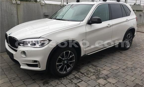 Acheter Occasion Voiture BMW X5 Blanc à Kigali au Rwanda