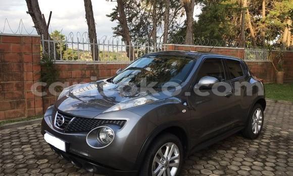 Gura Yakoze Nissan Juke Silver Imodoka i Kigali mu Rwanda