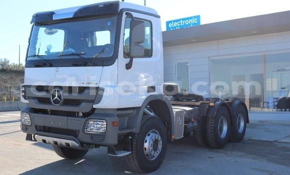 Buy New Mercedes‒Benz Truck White Truck in Kigali in Rwanda