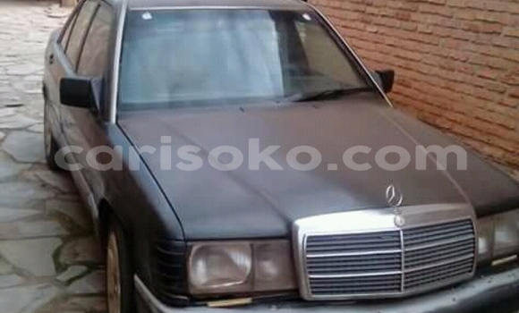 Acheter Occasions Voiture Mercedes‒Benz 190 Noir à Kigali au Rwanda