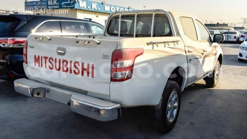 Big with watermark mitsubishi l200 rwanda import dubai 10411