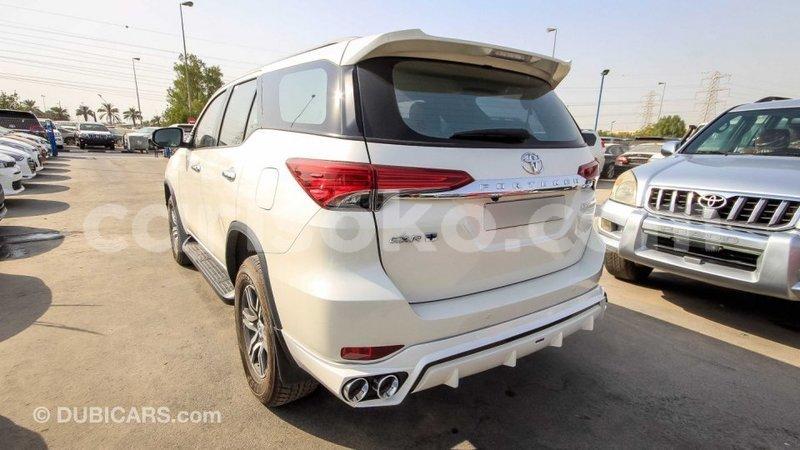 Big with watermark toyota fortuner rwanda import dubai 10415