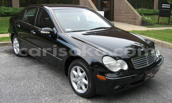 Buy Used Mercedes‒Benz KOMPRESSOR Black Car in Kigali in Rwanda