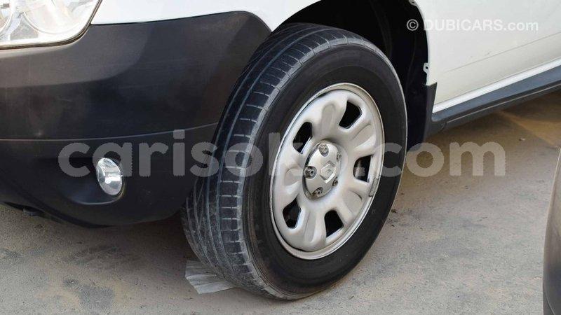 Big with watermark renault duster rwanda import dubai 10801
