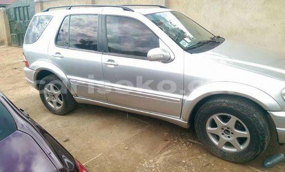 Buy Used Mercedes‒Benz ML–Class Silver Car in Kigali in Rwanda