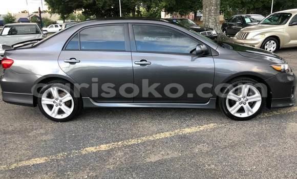 Acheter Occasions Voiture Toyota Corolla Noir à Kigali au Rwanda