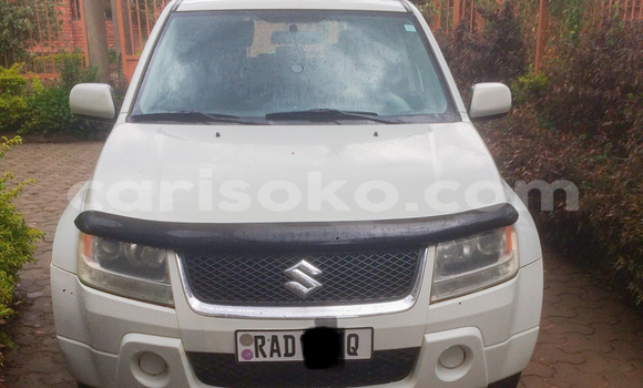 Buy Used Suzuki Grand Vitara White Car in Kigali in Rwanda