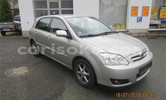 Buy Used Toyota Corolla Blue Car in Gisenyi in Gisenyi
