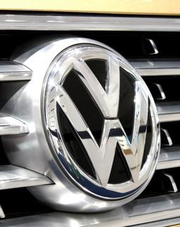 Thumb vw volkswagen sport stamp logo auto car grill 854145.jpg d